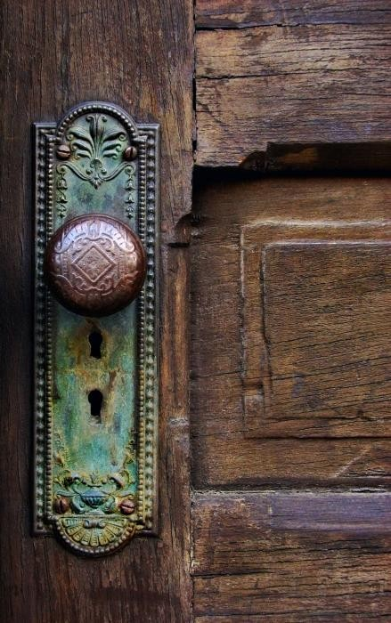 Door handles to update your front door dig this design for Antique door decoration