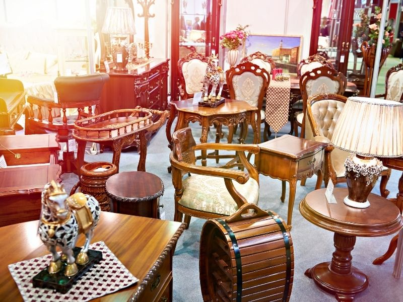 Buying furniture at auction