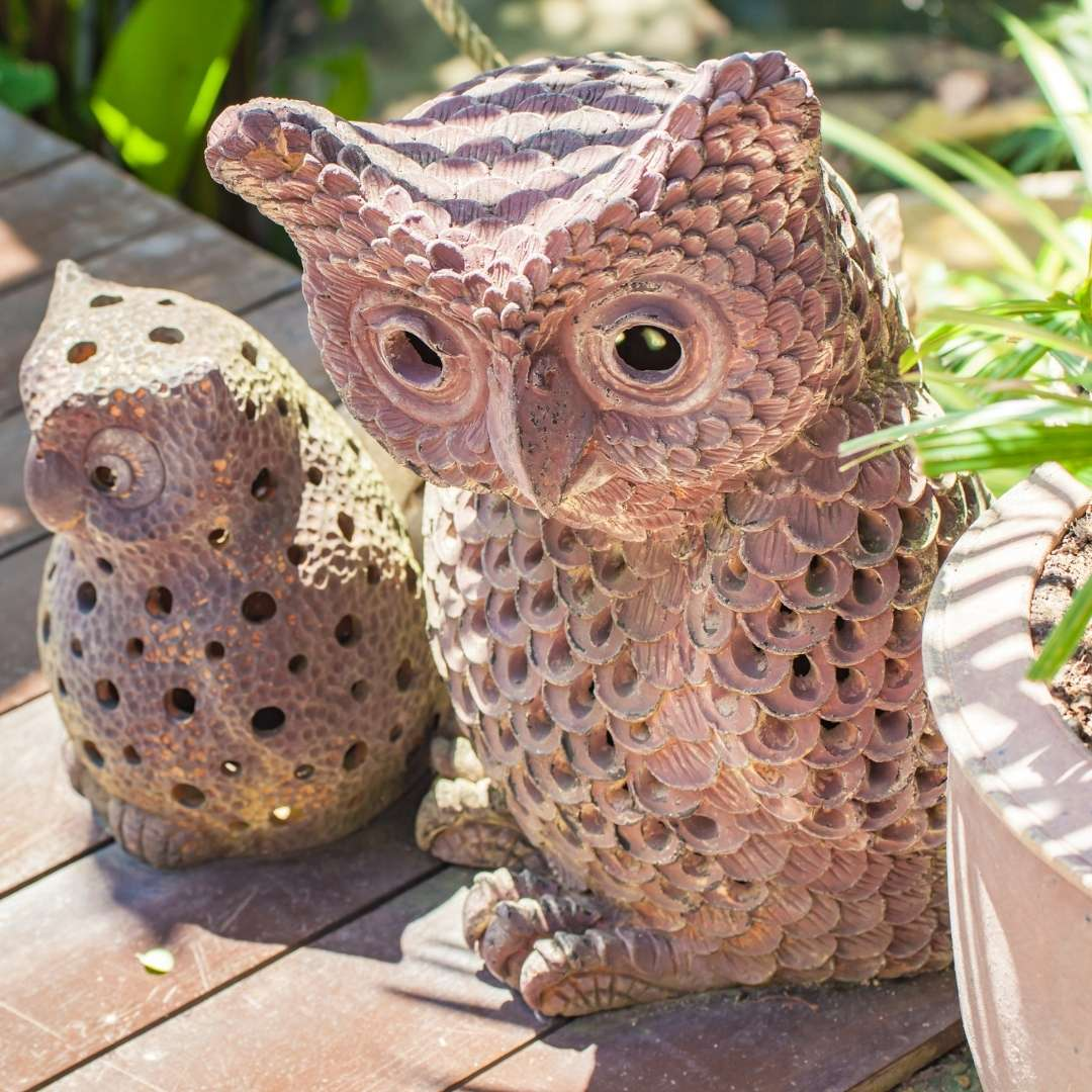 Using Owl Decor on the front porch
