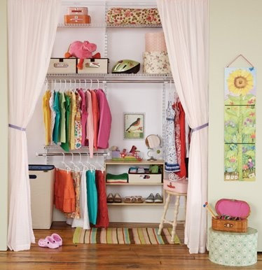 closet-door-curtain