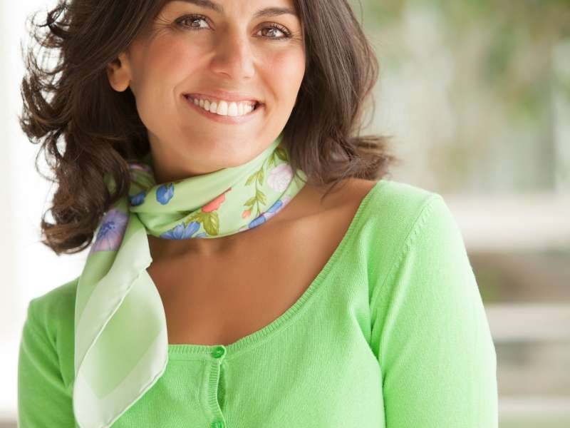 Stylish Ways to Wear Green Scarfs on St. Patty's Day