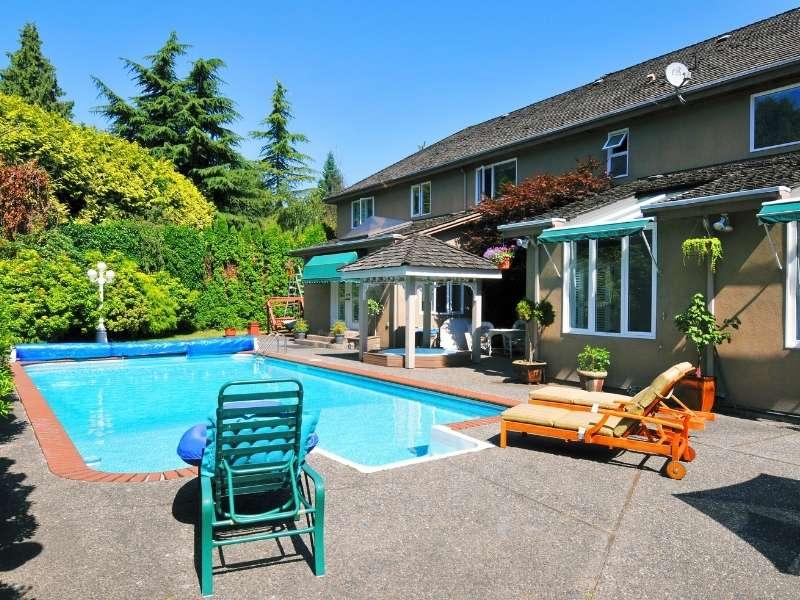 4 Gorgeous Backyard Pools