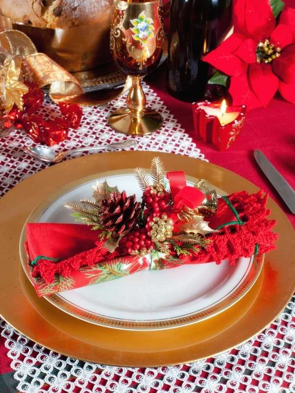 Great Ideas To Simplify Your Holiday Party Planning - Decor