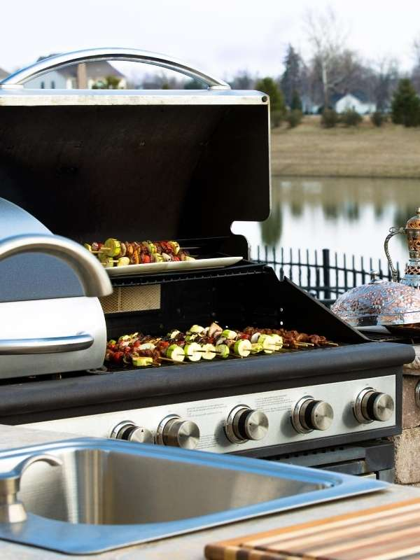 Outdoor Barbeque Kitchens