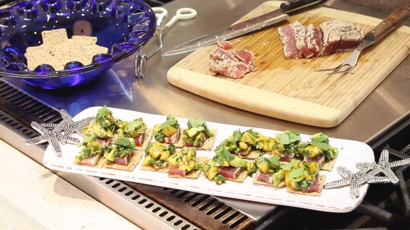 Seared tuna platter mango avocado salsa