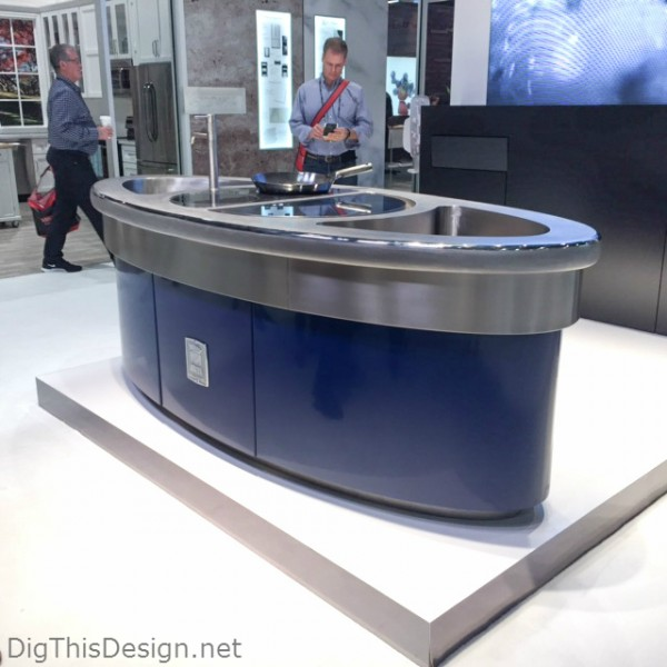 Work around sink and cook island from Molteni at KBIS 2016