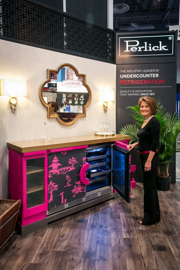 Designer Rose Dostal presenting her design for #howdoyouperlick design competition for kbis 2016 with Perlick entertainment appliances