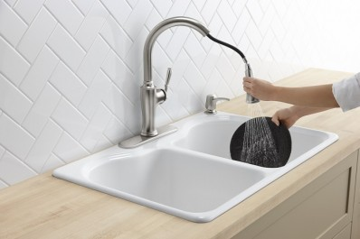 The Cardale Kohler faucet showing it's sweep spray technology