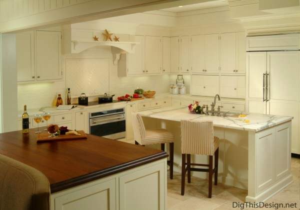 Kitchen designed by Patricia Davis Brown.