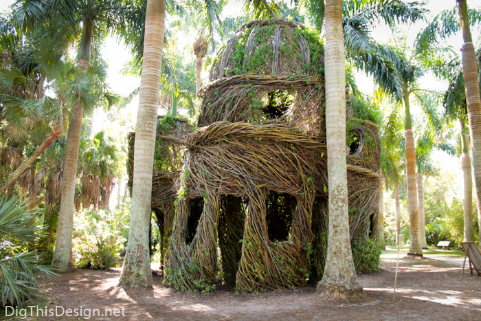 Charmant Stickwork By Patrick Dougherty At Mckee Botanical Garden In Vero Beach,  Florida.