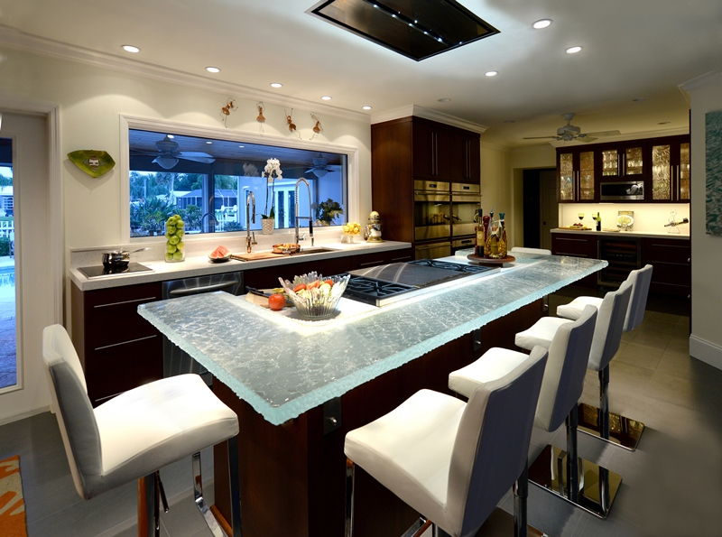 Modernize - Kitchen with good lighting