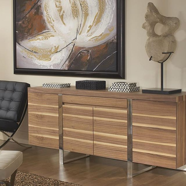 Renting Furniture - Home staging is the perfect reason to use CORT Furniture Rental.