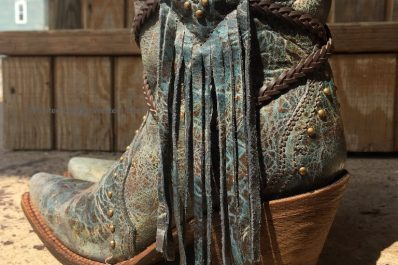Cowgirl Style - Painted cowgirl western store boots. Corral women's blue brown braiding and fringe snip toe western boots.