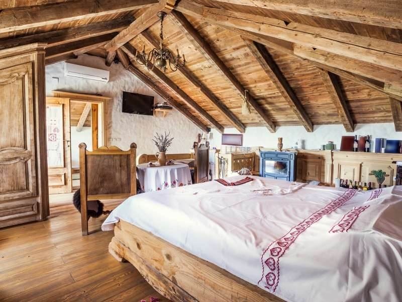 Opt for Rustic Features