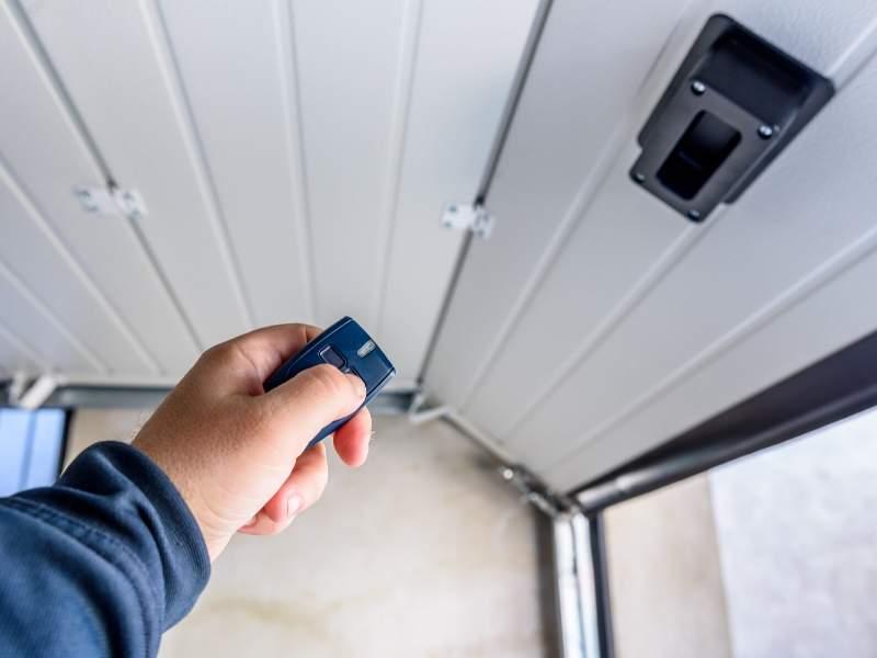 Choosing An Electric Garage Door