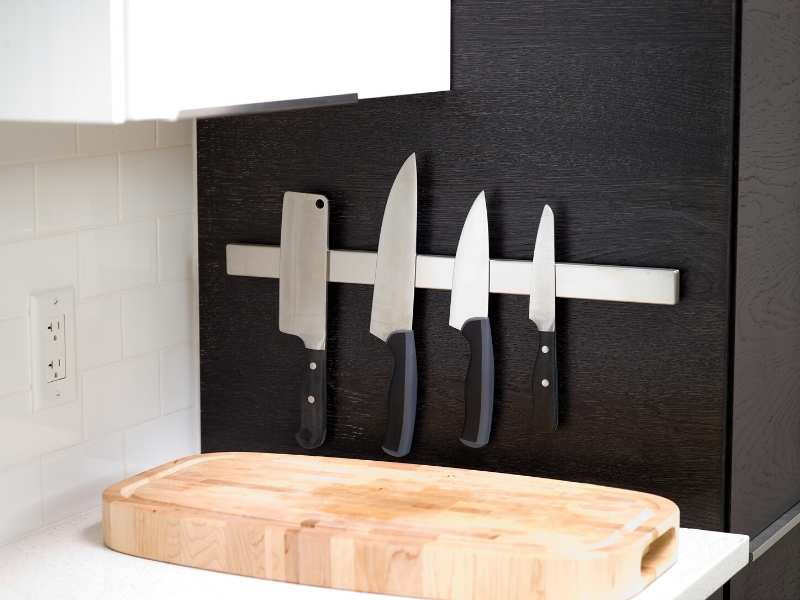 Knife organization