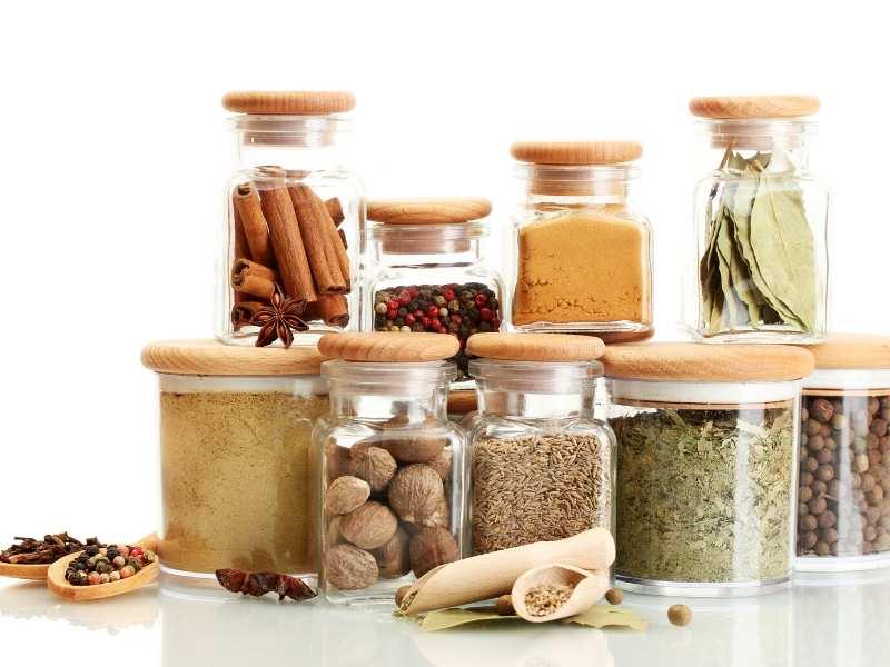 Spice jar organization