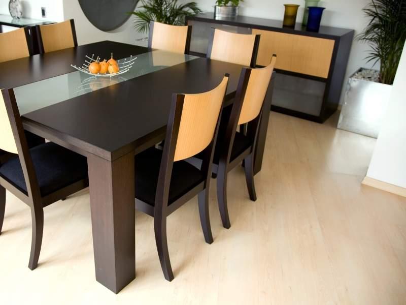 Solid wood or veneer