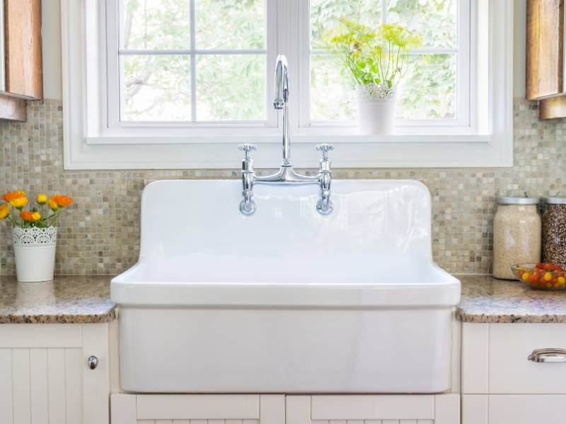 Apron Front Sinks