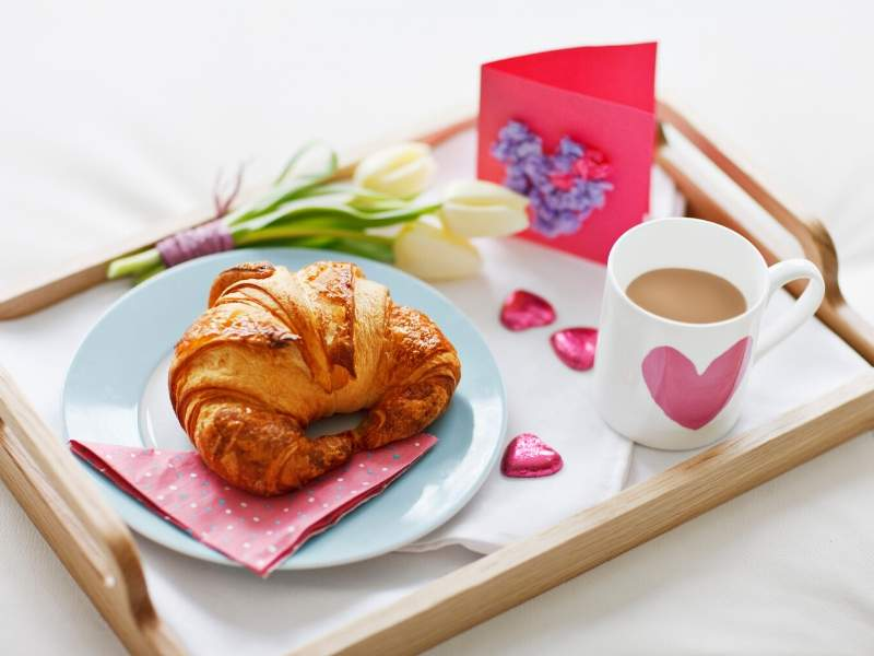 Romantic Breakfast in Bed Tray