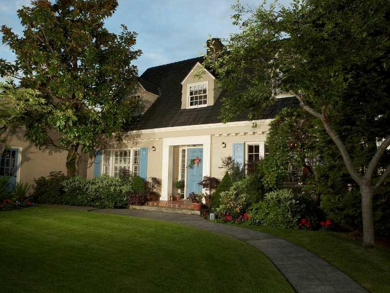 Cape Cod Style Architecture