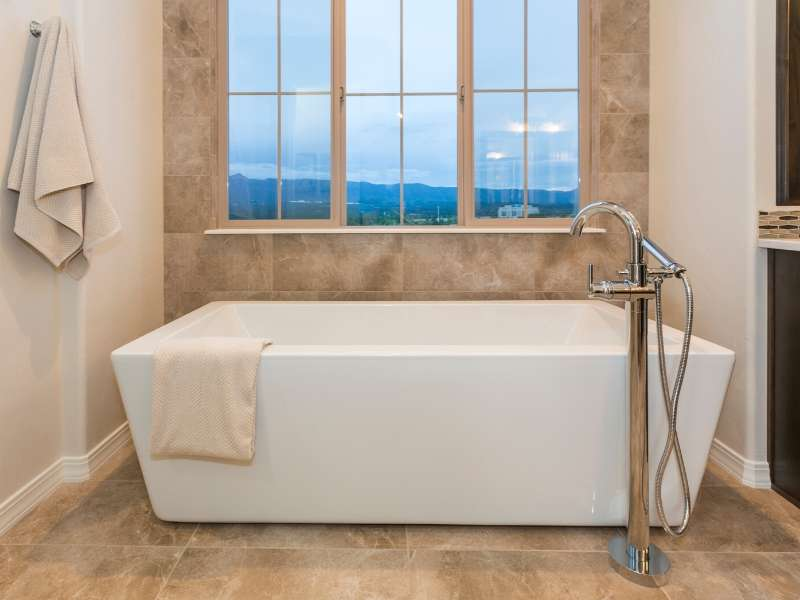 Bathtub Focal Point