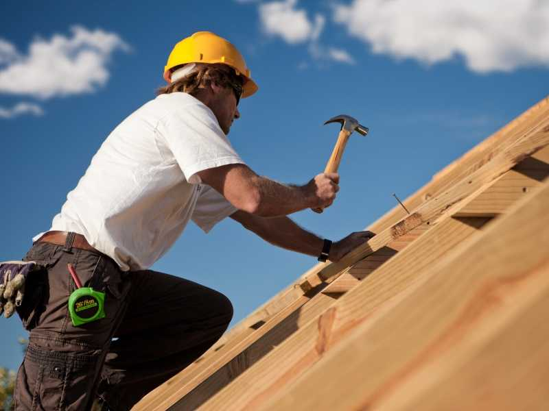 hire roofers