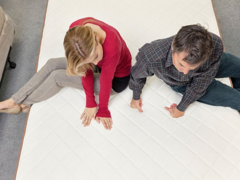 New Mattress shopping for teenager with dad