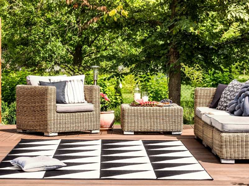The Deck for Creating the Perfect Chill-Out Garden