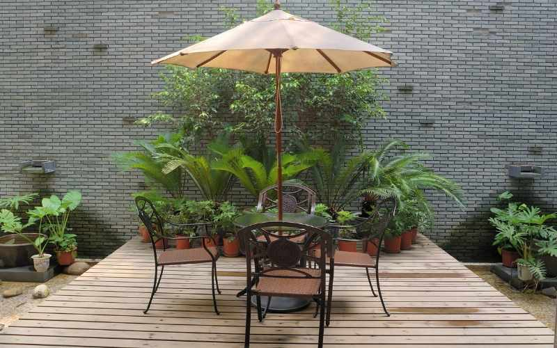 Shade Umbrella Deck Repair and Maintenance