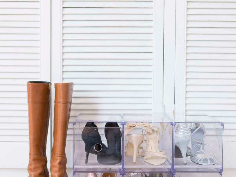 Space-saving Shoe Rack