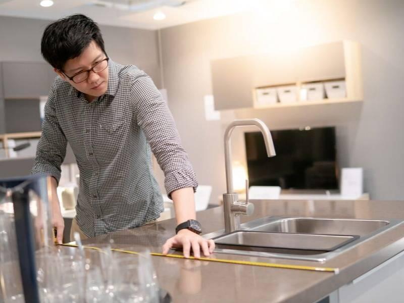 DIY Novice Installing Countertop