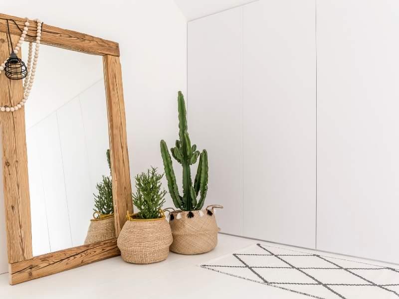 Bright Reflective Mirror Decor