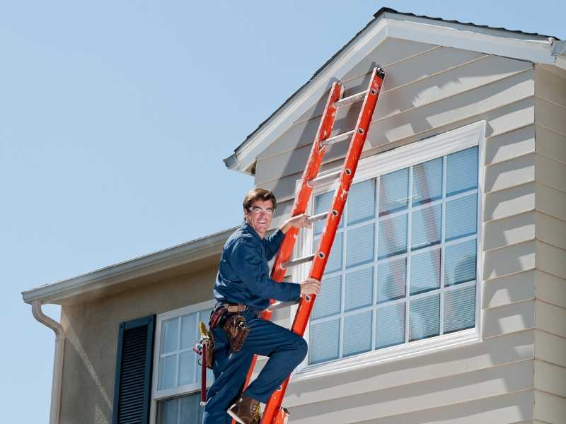 Home roof inspection and maintenance