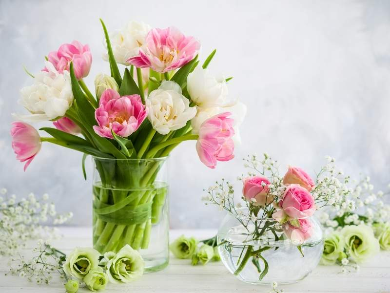 4 Easy Tips to Keep Your Flowers Fresh Longer