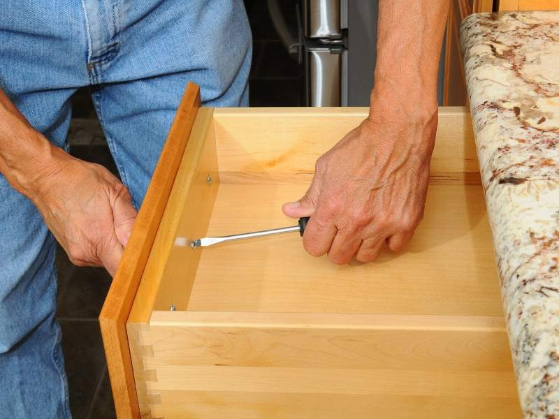 Replace the Cabinet Handles to Sell Your Home Fast