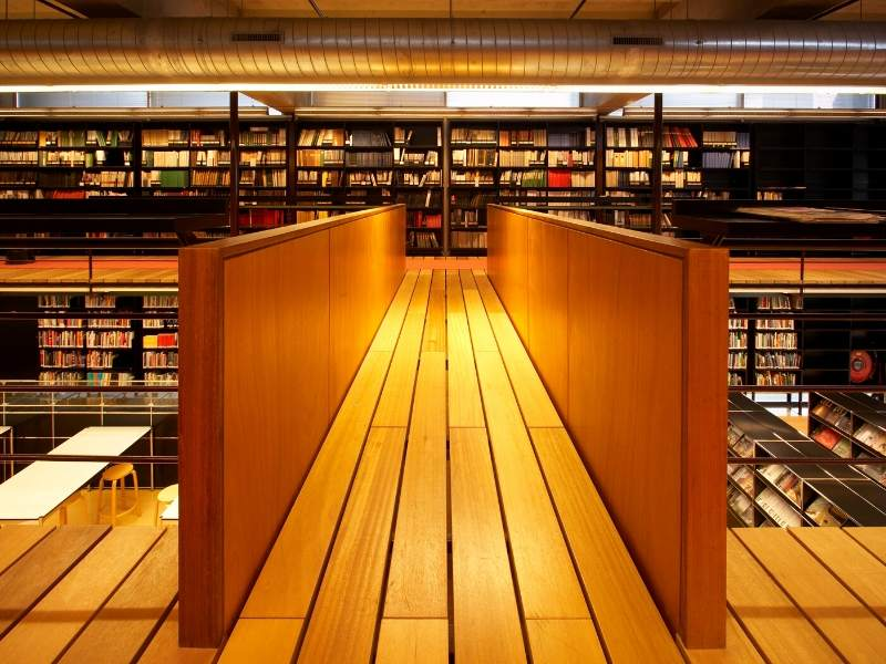 Our Top Tips for an Organized Library