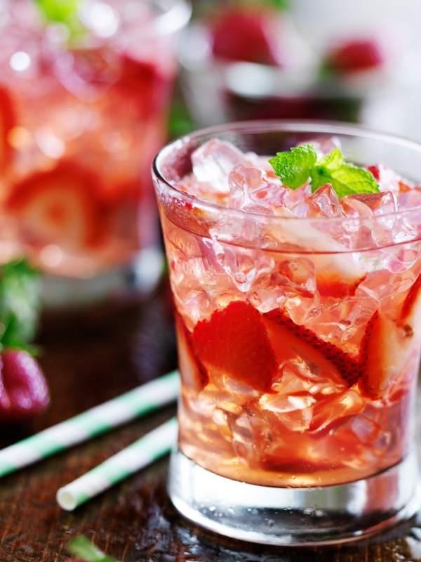 Strawberry-Rose Gin Fizz