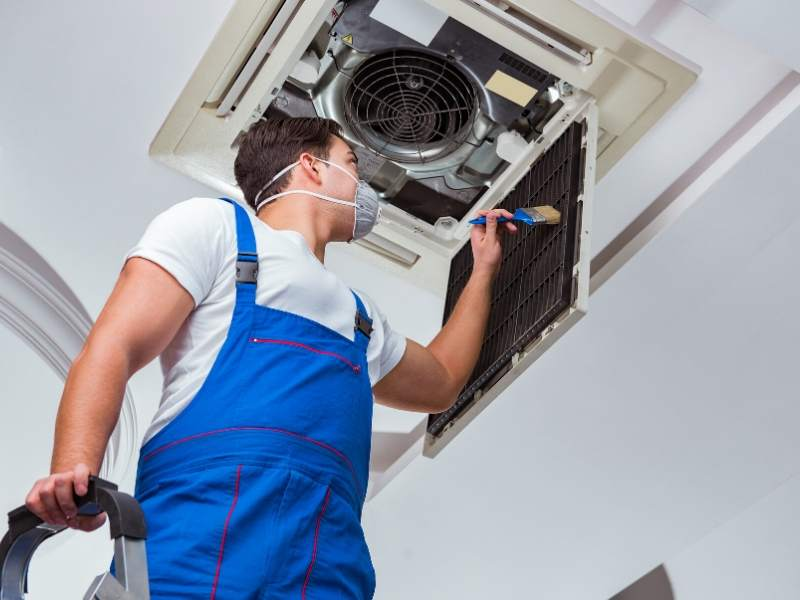 3 Tips for Hiring An HVAC Contractor