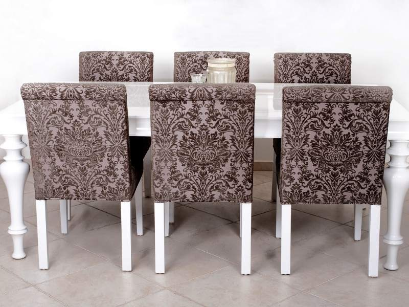 Tables and chairs upcycling