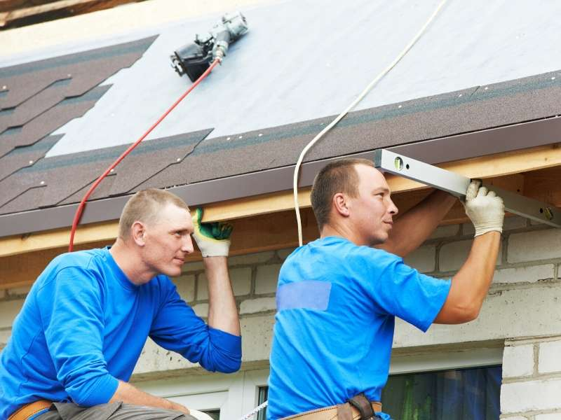 Hire a Roofing Contractor for Quality Assurance