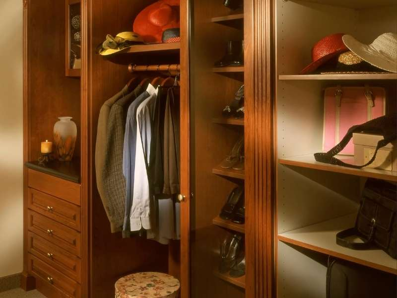 Accessories You Need to Organize Your Closet