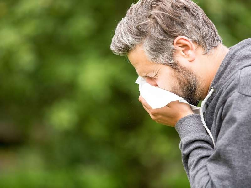 10 Tips to Combat Allergies Effectively
