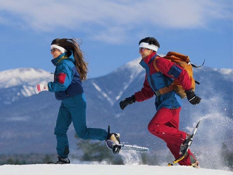 5 Fun Outdoor Activities to Try This Winter - Snow Shoeing