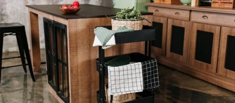 6 Ideas for Easy Entertaining Delights of the Season - kitchen cart