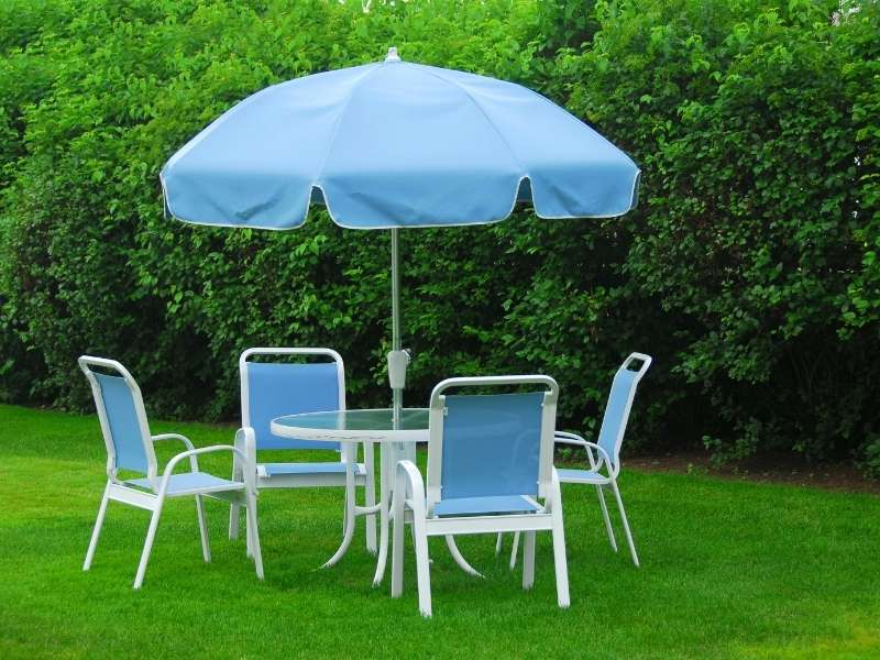 6 Affordable DIY Outdoor Decor Ideas for Your Backyard - Easy Care Outdoor Furniture