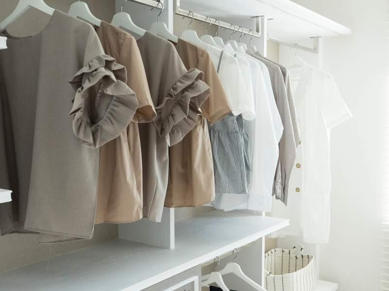 Blouse Rack Bespoke Fitted Wardrobe