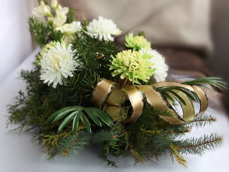 Add Greenery to your DIY Bouquet