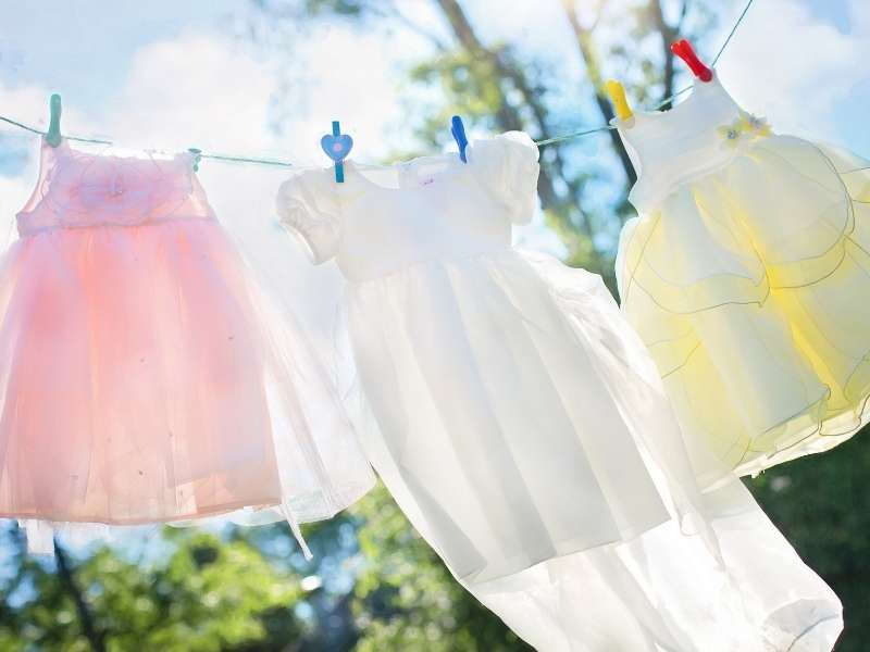 Bring Out that Old Clothesline - 6 Tips to Refresh Your Laundry