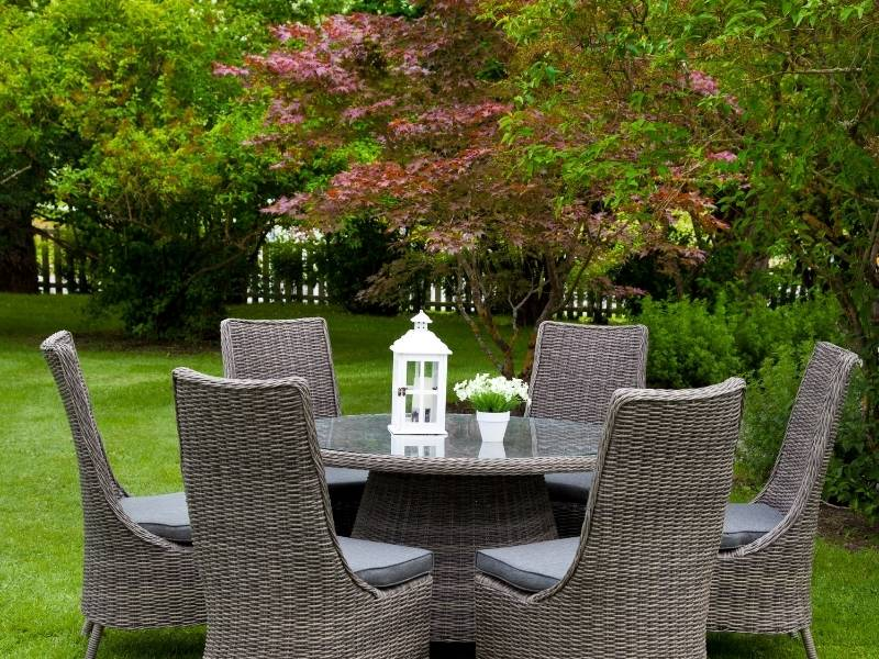 Considering the Benefits of Garden Furniture